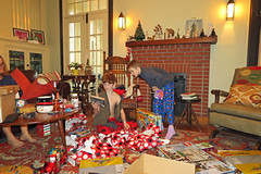 christmasdd (FAIRFIELDFAMILY) Tags: christmas 2018 jason taylor grant carson michelle winnsboro sc south carolina present presents family living room house interior arts crafts craftsman bungalow antique fireplace rug lego legos child boy young old children boys mother son fairfield county vintage tree morris chair oak mantle piece