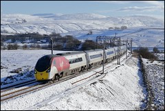 Greenholme, VT 390 008 (11.43 London Euston - Glasgow Central) 02/02/19. (DigitAL46232) Tags: greenholme virgintrain virgin virgintrainswestcoast pendolino 390008 cumbria snow