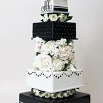 Wedding Cakes : Featured Cake: Ron Ben-Israel Cakes; Wedding cake idea. thumbnail