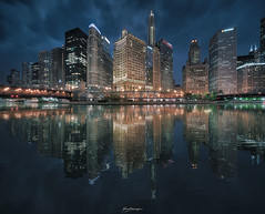 CHICAGO BLUES (Nenad Spasojevic) Tags: curiocollection water fountain sonyalpha longexposure citylights movement chicago londonhouse chi voigtlander downtown clouds nenadspasojevic city hyperwide heliar urbanexploration 2017 exploration urban hilton cityscape wackerdr perspective reflection nenadspasojevicart bluehour mirror illinois il usa