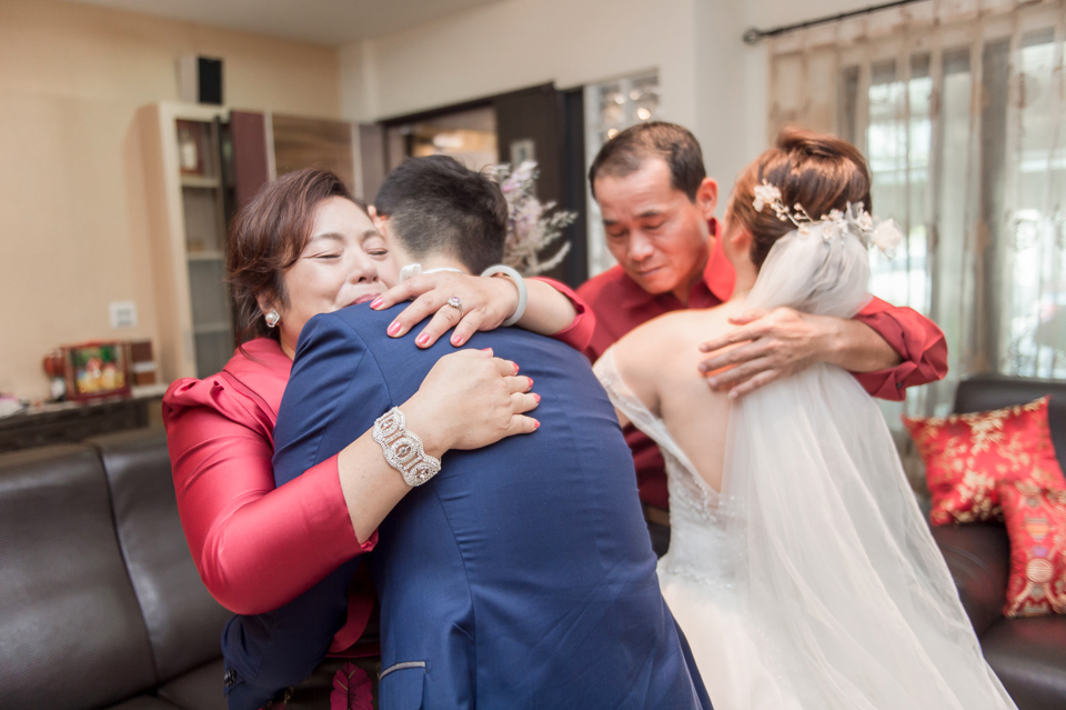 台南東東宴會式場 婚宴 走在幸福的紅毯上 R & B 060