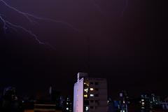 DSC_5135 (gabrielvalerio@live.com.ar) Tags: tormenta rayo rayos truenos relampagos luz lluvia noche thunderbolt thunder flash lightning storm light rain night rosario argentina