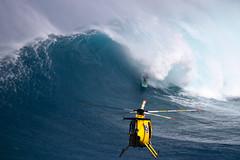 BillyKemperairdropbarrel3JawsChallenge2018Lynton (Aaron Lynton) Tags: jaws peahi xxl wsl bigwave bigwaves bigwavesurfing surf surfing maui hawaii canon lyntonproductions lynton kailenny albeelayer shanedorian trevorcarlson trevorsvencarlson tylerlarronde challenge jawschallenge peahichallenge ocean