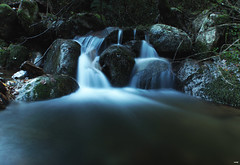 Relajante (candi...) Tags: rocas riera rieradevallcárquera agua naturaleza nature airelibre sonya77 piedras bosque cascada saltodeagua