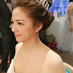 王依潔-優雅浪漫新娘造型