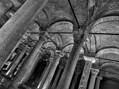 Support group (LeftCoastKenny) Tags: turkey istanbul day4 basilicacistern columns arches bracing