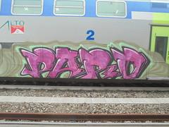 254 (en-ri) Tags: paro nero fuxia verde train genova zena graffiti writing