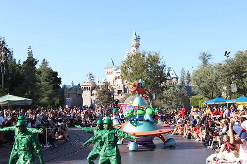 """Toy Story - Pixar Play Parade • <a style=""""font-size:0.8em;"""" href=""""http://www.flickr.com/photos/28558260@N04/46042193871/"""" target=""""_blank"""">View on Flickr</a>"""