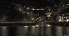 Cudillero (Toño Escandón) Tags: cudillero asturias españa noche luces mar marina agua reflejos toño escandon canon tamron puerto pesquero