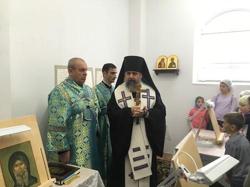 Епископ Герман торжественно освятил иконописную студию для детей