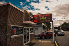 MAID-RITE (Pete Zarria) Tags: ohio maid rite burger fries carry out neon sign drive cafe diner malt