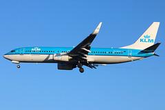 "PH-BXH | Boeing 737-8K2/W | KLM ""Gans / Goose"" (cv880m) Tags: lhr london heathrow hounslow uk gb england aviation airliner airline aircraft airplane jetliner airport phbxh boeing 737 738 737800 7378k2 winglet klm netherlands royaldutchairlines gans goose"