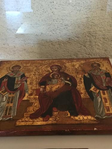 Catania - Museo civico. Ignoto maestro veneto-cretese, XVII sec. Vergine fra SS Nicolà e Spiridone