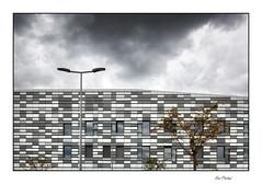 Dijon - Hôpital Valmy (Rémi Marchand) Tags: côtedor bourgogne valmy architecture hôpital privé hôpitalprivédijonbourgogne canon5dmarkiii dijon hôpitalvalmy bâtiment