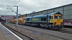 Mini HBOC Shunt (2) (Tim's Train Photos) Tags: class66 shed emd freighttrain wcml freight freightliner highoutputballastcleaner hobc crewestation crewe 8t45 66537 66558