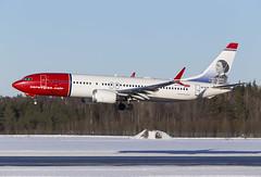 EI-FYF Boeing 737 MAX 8 Arlanda 2019 (martindjupenstrom) Tags: boeing737max8 norwegian arlanda winter airliner aircraft jet landing clarabarton eifyf