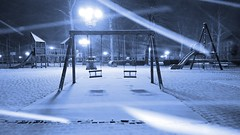 Piazza d'Azeglio (Go Ciop Go) Tags: firenze florence toscana tuscany italia italy neve snow nevicata snowfall inverno winter 2018 snowstorm blizzard night piazzadazeglio playground