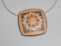 Pendant Wooden Star (ST-Art-Clay) Tags: fimo premo faux wood polymerclay pendant quilt