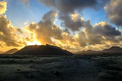Vulcanic Sunset (Gr@vity) Tags: vulkan vulcan lanzarote sunset canoneosr rf24105 landscape lava feuerberge spanien