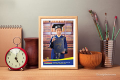 Litte Caliphs Photoframe (Ezani Zainal) Tags: poster frame picture mockup artwork art artistic fineart stilllife object composition arrangement retro vintage rustic pencil brushes painting clock vase notebook table tabletop desk wood wooden background backdrop template layout display advertise interior old modern trendy