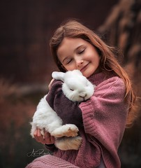 Let`s Cuddle (agirygula) Tags: bunny animal nature girl childhood family familyshooting pink rose fashion natural photoshop canon 85mm