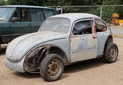 PAL 241L (Nivek.Old.Gold) Tags: 1972 volkswagen beetle 1584cc cheffins