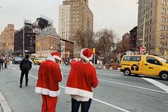 SantaCon 2018 • NYC (rysgam) Tags: streetphotography nycstreets city christmas nyc newyork santacon