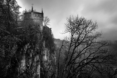Lichtenstein Castle (jotxam) Tags: berge deutschland ef50mmf18stm germany landscape landschaft langzeitbelichtung normalobjektiv querformat bedeckt bewölkt blackandwhite bw cloudy dramatic dramatisch horizontal longexposure mountains niftyfifty normallens schwarzweis sw 500px