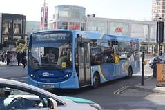 MB 6780 @ Churchill Square, Brighton (ianjpoole) Tags: metrobus alexander dennis enviro 200 yy15gcz 6780 working route 270 churchill square brighton east grinstead railway station