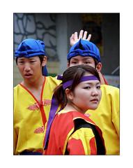 Ryukyu Folk Dance (Armin Fuchs) Tags: arminfuchs japan okinawa naha ryukyu folkdance drums yellow singers blue red people girl folklore