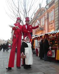 Little and large (bryanilona) Tags: worcester victorian christmasmarket stiltwalkers stalls costumes clubs basket apron