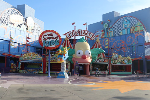 """Springfield: Simpsons Ride • <a style=""""font-size:0.8em;"""" href=""""http://www.flickr.com/photos/28558260@N04/45454859844/"""" target=""""_blank"""">View on Flickr</a>"""