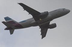 D-ABGH / Airbus A319-112 / 3245 / Eurowings (A.J. Carroll (Thanks for 1 million views!)) Tags: dabgh airbus a319112 a319100 a319 319 3245 cfm565b6p eurowings 3c48e8 london heathrow lhr egll 27r