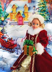 German Barbie doll (alenamorimo) Tags: barbie barbiedoll doll superstar barbiecollector holidays christmas