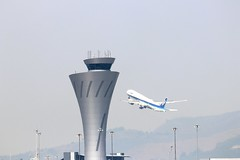 San Francisco Int'l Airport Air Traffic Control Tower (2wiice) Tags: sanfranciscointlairportairtrafficcontroltower sanfranciscointlairport airtraffic controltower sanfranciscoairport airtrafficcontroltower ana allnipponairways boeing777300er ja782a