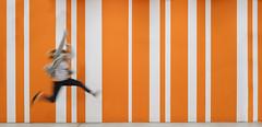EAN Jump (CoolMcFlash) Tags: jump fun lines wall person woman success orange fujifilm xt2 sprung springen spas linien wand frau erfolg fotografie photography xf1024mmf4 r ois motion blur