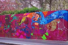 162 Paris décembre 2018 - nouvelle version de la grande fresque dans le haut de la rue de Ménilmontant (paspog) Tags: paris france hiver winter décembre december dezember 2018 streetart mural murals fresque fresques graffitis tags ruedeménilmontant