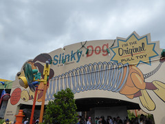 Florida Day 10 - 035 Disneys Hollywood Studios Toy Story Land Slinky Dog Dash (TravelShorts) Tags: disneys hollywood studios mgmstudios mickey mouse toy story land slinky dog minnie scifi dinein theater walt disney world disneyworld starwars red carpet dreams olaf frozen character meet greet pizzarizzo indianajones epic stunt spectacular store outlet donut joffreys scoops ice cream rock n roller coaster tower hotel twilight zone terror beauty beast liveonstage alien swirling saucers mania buzz light year jessie woody abc commissary cupcake cheese burger fish chicken tenders star tours