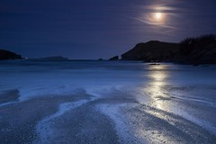 Porth Beach Supermoon (Julian Barker) Tags: porth beach newquay cornwall kernow south west moon supermoon tide shine shining reflection blue night hour julian barker long exposure england uk