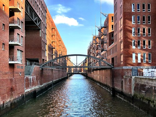 "Views of Hamburg City - The ""City of Warehouses"" by sunny weather"