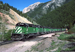 Montana's Bozeman Canyon (jamesbelmont) Tags: railroad railway train trailcreek montana bozemancanyon burlingtonnorthern emd sd402 northernpacific manifest westbound