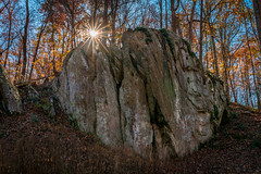 Large Boulder (John Brighenti) Tags: outdoors nature outside natural autumn fall sunny afternoon sky blue trees leaves rocks croydoncreek park rockville maryland md recreation hiking walking photography sony alpha a7rii sel28f20 ilce7rm2 boulder sunstar sunburst sun rays