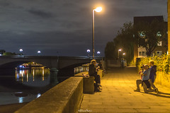 Street Photography, Putney Bridge (LFaurePhotos) Tags: fulham londonbynight punteybridge streetsoflondon lfaurephotos people riverthames streetphotography westlondon