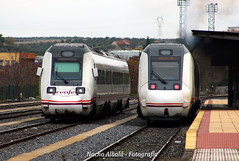 Estación de Mérida (joseignacioalbala) Tags: mérida tren 598 599 ferrocarril automotor extremadura