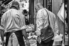 "Bologna (Italy) - Il ""quadrilatero"" - Via Drapperie (Massimo Battesini) Tags: bologna emiliaromagna italia it olympusem5markii olympus em5markii panasoniclumixgxvario35100f28 panasonic lumix panasonic35100mmf28 market marché mercato bazar bazaar centrostorico zentrum centreville centromedievale centremédiéval medievalcenter centromedieval città ville city stadt town ciudad photographiederue streetphotography fotografiaderua photosdelavie escenacallejera ilquadrilatero viadrapperie italy italie italien europe europa pesce pescheria poissons poissonerie"