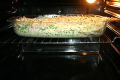 31 - Im Ofen backen / Bake in oven (JaBB) Tags: spaghetti nudeln noodles ham schinken speck speckwürfel bacon dicedbacon scallions frühlingszwiebeln yoghurt joghurt cremefraiche eier eggs sahne cream auflauf nudelaufauf pasta pastabake knoblauch garlic foodl lunch dinner essen nahrung nahrungsmittel mittagessen abendessen kochen cooking rezept recipe kochexperiment kochexperimente küche kitchen foodblog foodblogger