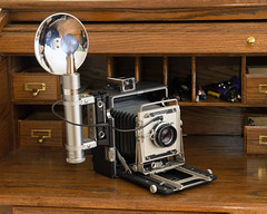Heiland Flash and Crown Graphic 45 (Howard Sandler (film photos)) Tags: camera vintage flash gun handle bulb heiland graflex crowngraphic antique reflector cameraporn