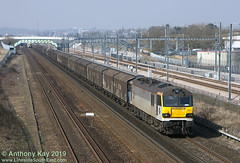 92023_15-3-2006 (LinesideSouthEast) Tags: britain british class92 england english gb greatbritain loco locohauled locomotive mainline rail railfreight railroad railway railways sun sunny thirdrail track tracks train trains transport uk unitedkingdom wagon wagons van vans cargowaggon