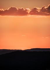 enigma (*BegoñaCL) Tags: sunset horizon orange cloud mountain bagoñacl