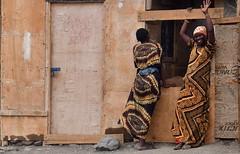 Kenya- Turkana lake- Loiyangalani (venturidonatella) Tags: kenya africa turkana turkanalake lagoturkana loiyangalani colori colors persone people gentes portrait ritratto ritratti portraits donne women nikon nikond500 d500 emozione emotion sorriso smile saluto greting